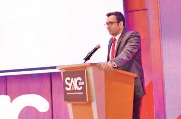 Managing Director, Global Markets, CAL, Deshan Pushparajah addressing the conference.