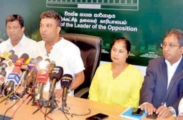UNP MPs at a press conference at Opposition Leader's Office  on Friday, aired their anger at leader Ranil Wickremesighe for not  heeding calls to step down before the next election after a crucial round of discussions failed at Sirikotha Headquarters on Thursday.