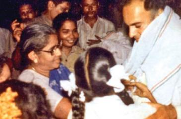 Moments before Rajiv Gandhi was assassinated