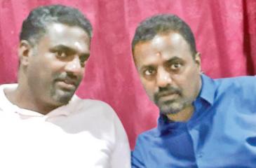 Spin wizard Muttiah Muralitharan with his brother Muthiah Prabagaran