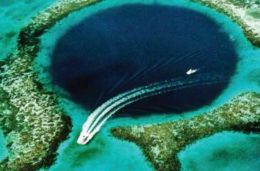 The Great Blue Hole, located near Ambergris Caye, Belize (Credit: U.S. Geological Survey /Public domain)