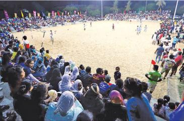 The vast crowd that was starved of sports action witness the Beach Games in Hambantota