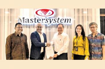 From left: Ramlee Abdhulla, Sales Director of OMESTI Group, Harsha Purasinghe, Founder/ CEO of MiHCM, Eddy Anthony, President and Director of PT. Mastersystem Infotama, Cecilia Tan, Business Development Manager of PT. Mastersystem Infotama, Thio Eng Hok, Sales Director of PT. Mastersystem Infotama after signing the MoU.