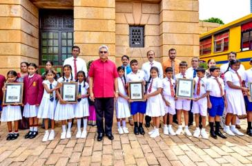 President Gotabaya Rajapaksa with students from the five selected schools