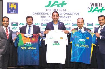 From left: CEO, JAT Holdings, Nishal Ferdinando, Secretary, Sri Lanka Cricket, Mohan de Silva, Managing Director, JAT Holdings, Aelian Gunawardene, CEO, Sri Lanka Cricket, Ashley De Silva and General Manager, Marketing, JAT Holdings, Dilshan Rodrigo.