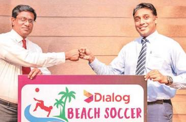 Anura de Silva, president, FFSL (L) and Harsha Samaranayake, Senior General Manager – Brand and Media, Group Marketing of Dialog at presentation of the logo of the Dialog Beach Soccer Championship 2021