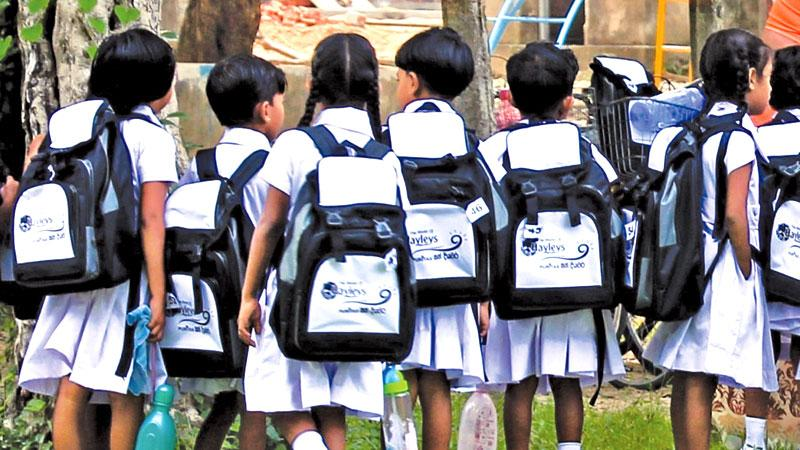 it is alleged that the principals of popular schools are continuing the racket and demanding hundreds of thousands of rupees to admit children living in distant places. The money, it is learnt, is being taken in the name of school development but no receipts are given to parents. Principals' unions claim that some school principals, in collaboration with Past Pupils' Associations (PPAs), are carrying out the fraud