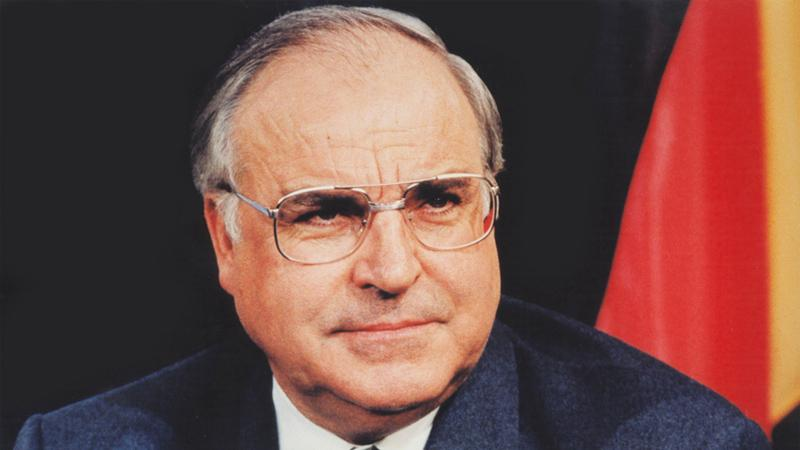 Germany team to wear black armbands in Helmut Kohl tribute