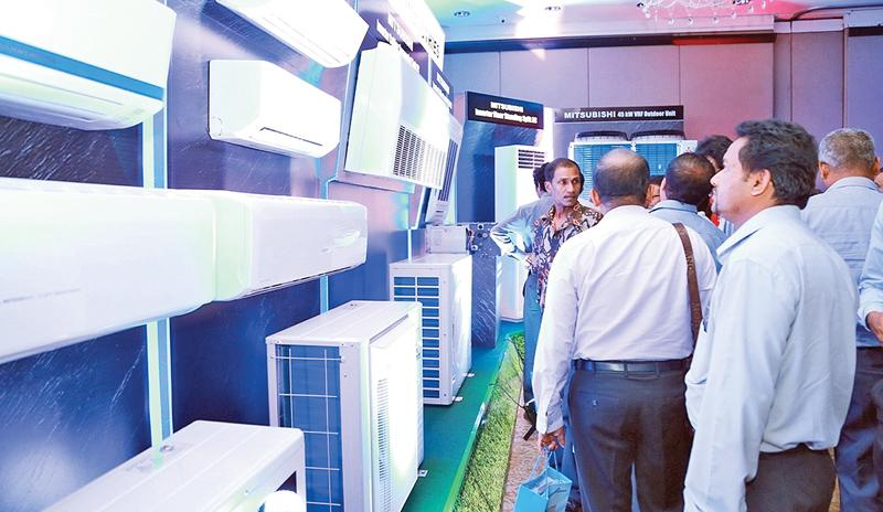 The exhibition attracted a gathering of key corporate customers.