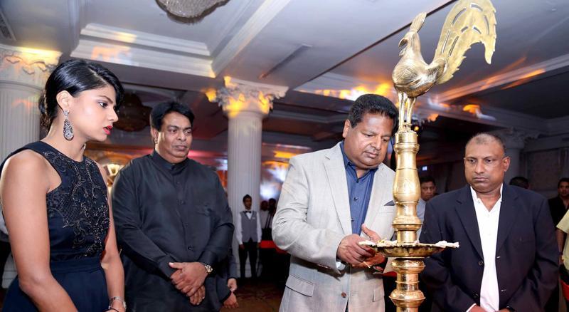 Nalin Welgama – Chairman Ideal Group lighting the oil lamp to inaugurate Club Mahindra in Sri Lanka. From left Ms Nimisha Welgama – Advisor Corporate Strategy and New Business Development, Ideal Group, Richard de Zoysa - MD Ideal Retreats (Pvt) Ltd and Aravinda de Silva - Deputy Chairman Ideal Group