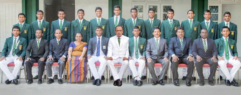 Isipathana squad seated from left: Sanjula AbeyAbeywickrama, Santha de Alwis (Coach), Waruna Senanayake (MIC), Kalyani Dissanayake (Vice Principal), Ayana Siriwardene (Captain), Premasiri Epa (Principl), Sanjula Bandara Illangantilleke (Vice Captain), Sanath Illeperuma (POG), Chaminda Hathurusinghe (Head Coach), W.S.C. Pemasiri (POG), Leshan Amarasinghe  Standing from left: Ashan Gunewardene, K.A. Madushika Sandaruwan, Thevinda Dickwella, Anupama Herath, Dinath Dissanayake, Menura Perera, Khaliq Amath, Esha