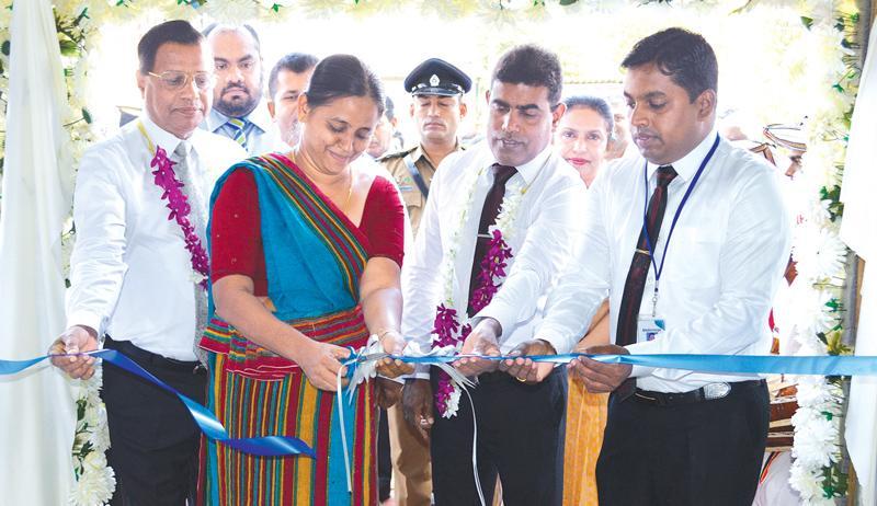 SDB bank's branch in Galewela was opened by (L-R) SDB Bank's GM / CEO Nimal C. Hapuarachchi, SDB Bank's Chairperson - Samadanie Kiriwandeniya and Galewela Divisional Secretary - M.U.Nishantha.