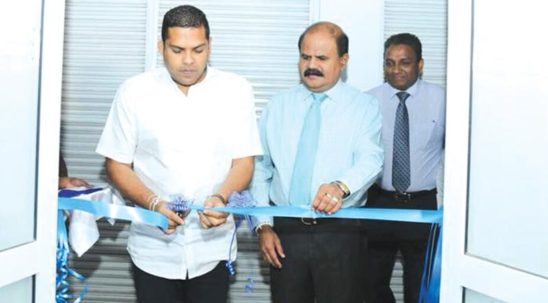 Minister of Telecommunications and Digital Infrastructure Harin Fernando opens the new Contact Centre in Bandarawela. SLT Group Chairman P. G. Kumarasingha and Chief Commercial Officer/Group Chief Enterprise and Wholesale Officer SLT Kiththi Perera are also in the picture.