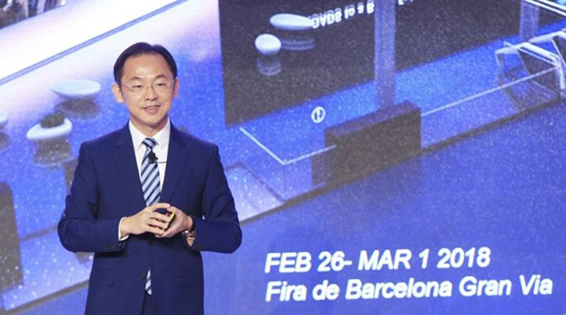 Executive Director of the Board and President of Huawei Carrier BG, Ryan Ding delivering a keynote speech