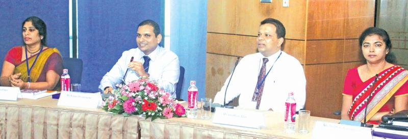 HNB officials at the investor forum   Pic: Chaminda Niroshana