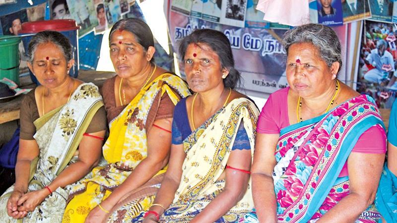 Yogarasa Kanagaranjani (second from right) Pix: Maheshwaran Pirassath