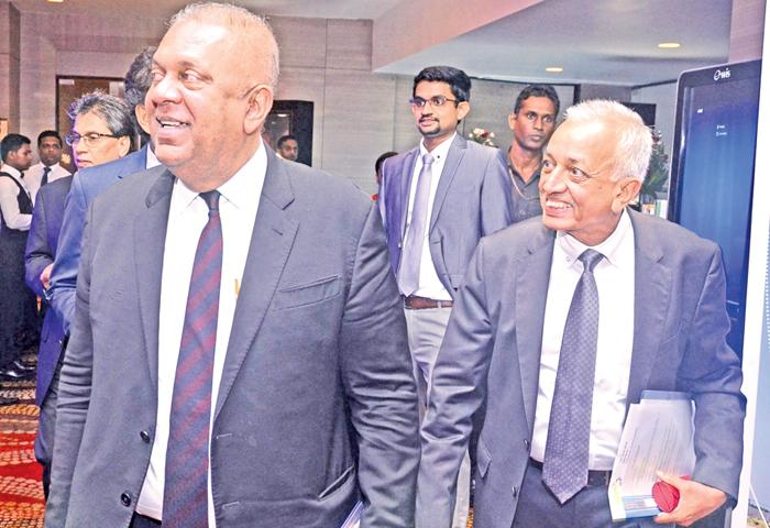 Ministers Mangala Samaraweera and Malik Samarawickreme at the Sri Lanka Investment and Business Conclave 2018. Pic: Vipula Amarasinghe