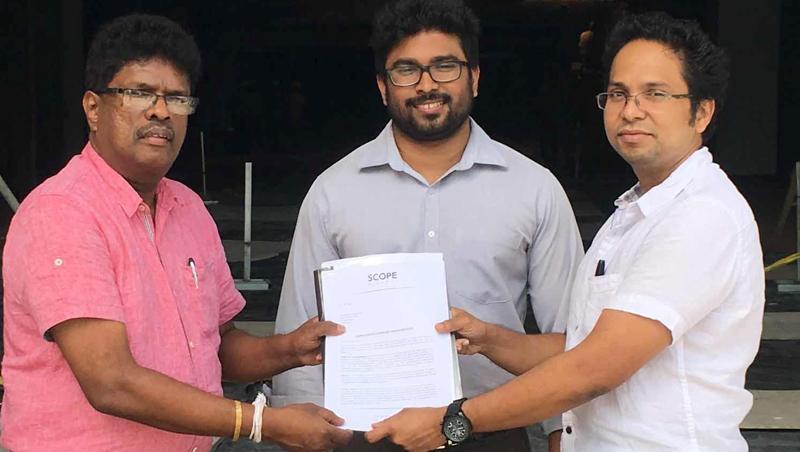 Jayaratne Galagedera with Director/CEO of Scope Cinema, Thushan Meemanage.