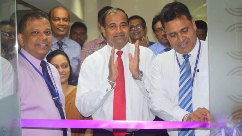 HNB Managing Director/CEO, Jonathan Alles, DGM Retail Banking, Sanjay Wijemanne, AGM – Network Management, Nirosh Perera. Senior Regional Head, North Central Region 1, Deepal Udukumbura and Manager of HNB Kurunegala Customer Centre, Indika Ekanayaka at the ceremonial opening of the bank's new Priority and Digital Banking Centre.