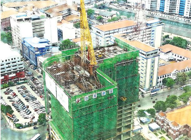 The Ritz-Carlton Residences, Colombo - With scheduled completion set for December 2021, and construction progressing swiftly, the 16th floor has already been completed. Development work is now moving towards completing the pillar-less and state-of-the-art banquet hall.