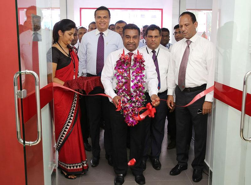 Deputy General Manager – Branches, Seylan Bank. Chitral De Silva, opening the newly established Eheliyagoda Branch