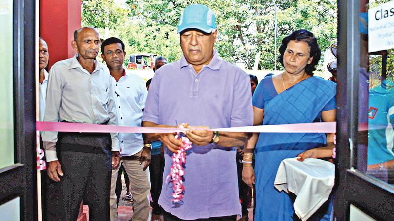 Minister Sarath Amunugama  at the launch