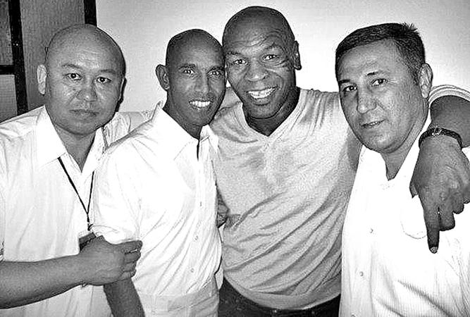 Rukman Wekadapola with Mike Tyson