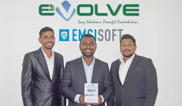 From left: Asst. Manager, Field Sales, Primal Madawala, Director, Sales and Marketing, Ashan Pintoe, Manager, Sales and Marketing, Umasha Perera.