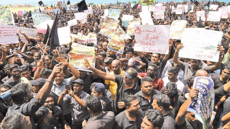 Protest on Galle Face Green  by estate workers' children  Pic: by Rukmal Gamage