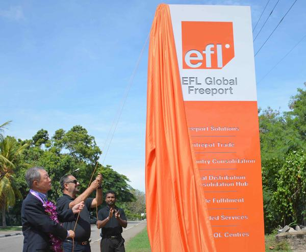 SG Holdings Group's Chairman, Eiichi Kuriwada and EFL Founder and President, Hanif Yusoof at the unveiling ceremony.