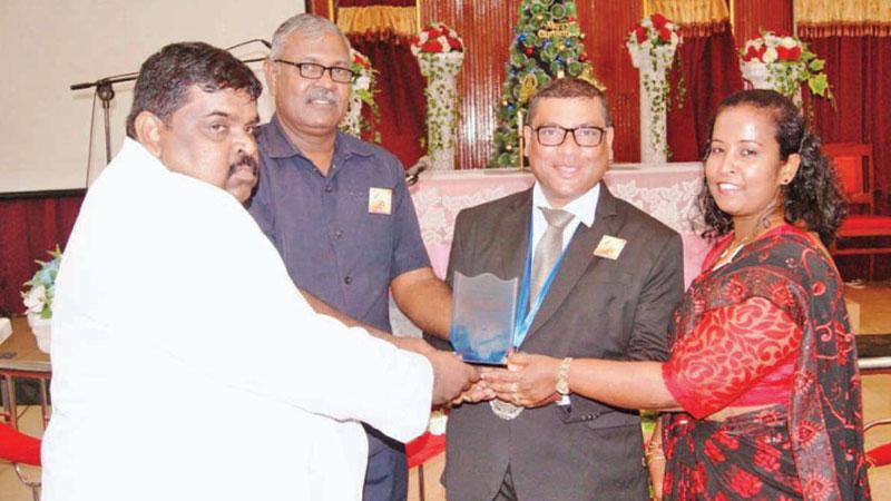 Methodist Church of Sri Lanka Deputy President P. Dammika Fernando, was felicitated with the memento.