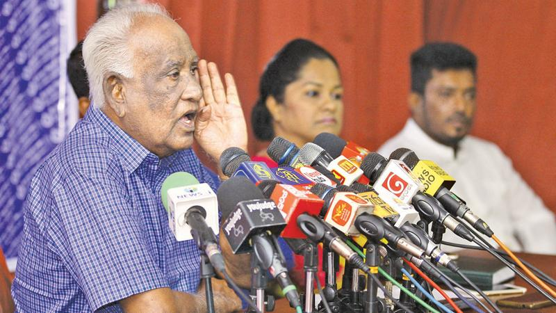 Former Kaduwela Mayor G.H.Buddadasa speaking at the press conference by rebelling SLFP organisers, who protested against the SLFP-SLPP tie up. Pic by Hirantha Gunathilaka