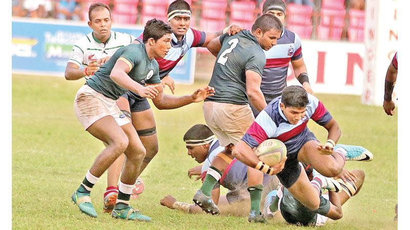 Action at the Isipathana Antonian match Pic by Thilak Perera