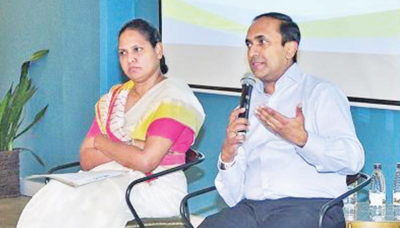 CSE CEO Rajeeva Bandaranaike speaks at the program.