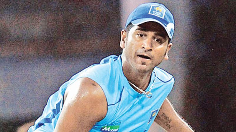 Kaushal Lokuarachchi – Observer Schoolboy Cricketer  of the Year 2001