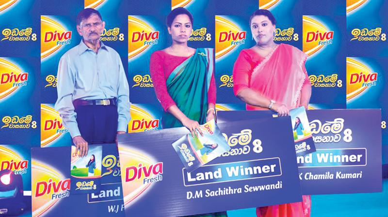From left: Diva Idame Vasanawa land recipients - W.J. Fernando, Suchithra Sevvandi and Chamila Kumari.