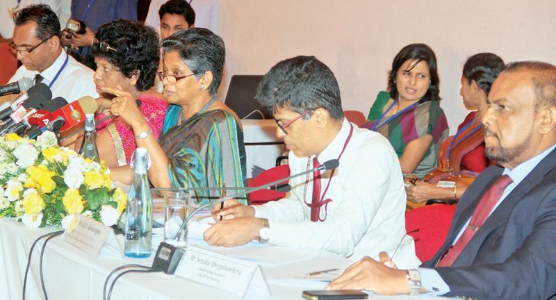 The head table at the Exporters Forum.           Pic: Ruwan de Silva