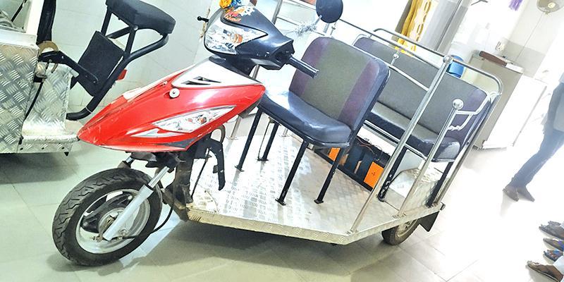 Electric three wheeler