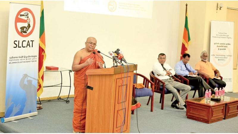 Ven. Galkande Dammananda Thera  addressing the gathering