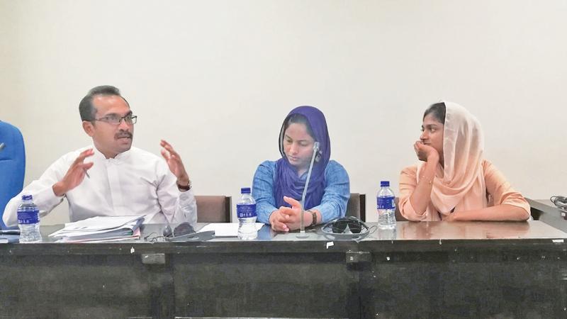 MP Bimal Ratnayake with Muslim women activists