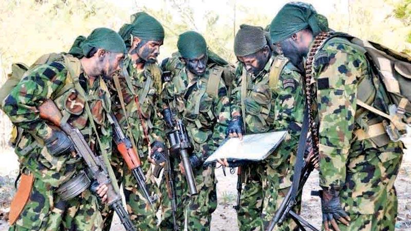 SL Special Forces patrol team