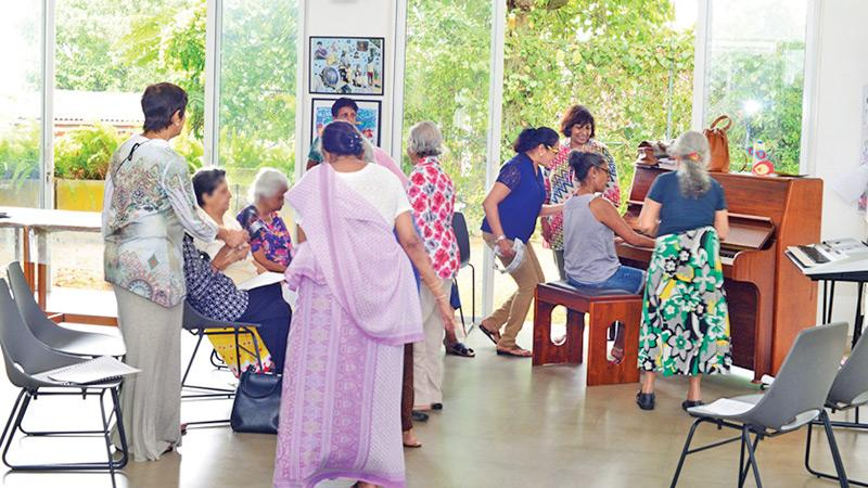 Music therapy for Alzheimer's patients at the Sri Lanka Foundation