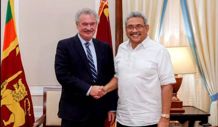 Luxembourg's FM meets President