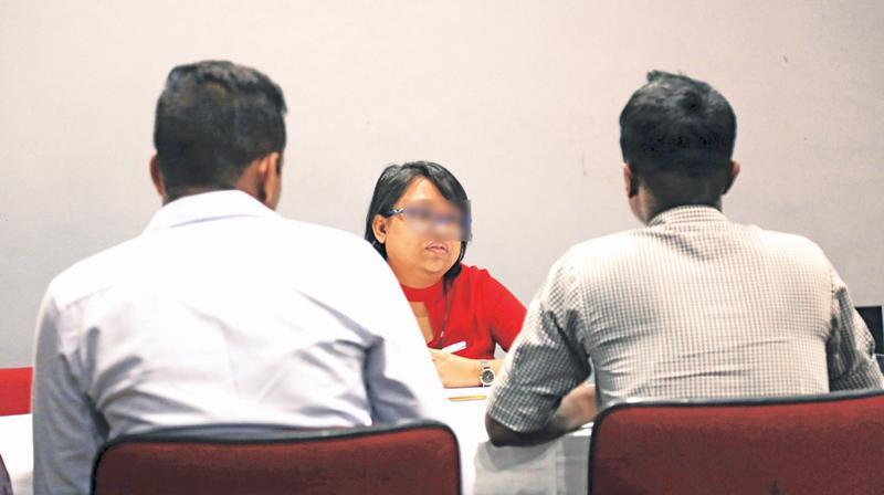 Privates Asitha Akalanka and Supun Kumara being interviewed. Pic By Rukmal Gamage