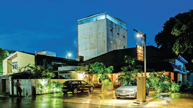 The Avenue Restaurant - Architect Sumudu Athukorala