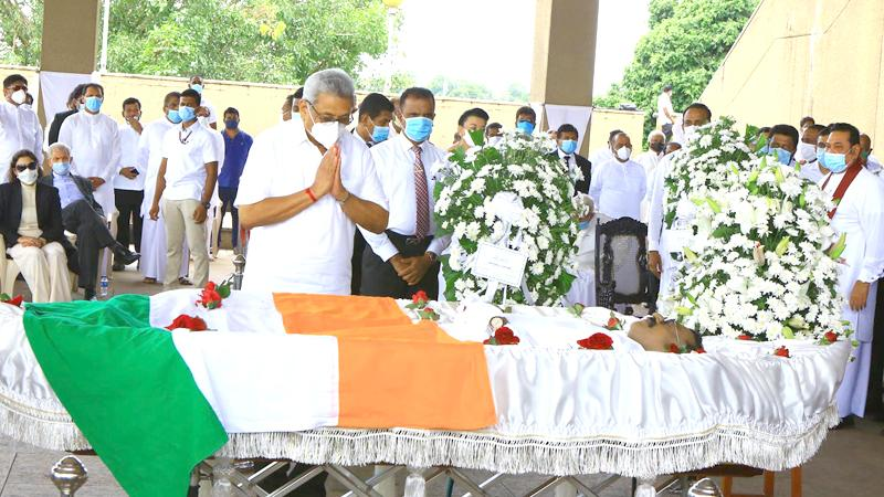 President  Gotabaya Rajapaksa paying his last respects to Minister Thondaman at the Parliament