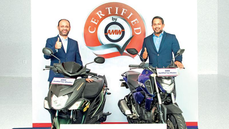Zahran Ziyawudeen, Deputy General Manager, Yamaha, AMW (left) and Yohann De Zoysa, Director, Passenger Vehicles – AMW at the launch of 'Yamaha Certified'.