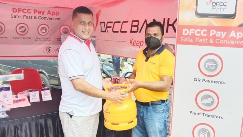 Vice President/Head of Card Centre, DFCC Bank Denver Lewis highlights the use of Lanka QR to simplify a distribution operation as the QR code could be shared with customers and payments obtained upfront.