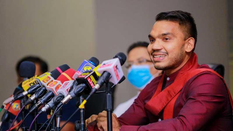 Sports Minister Namal Rajapaksa addressing the audience