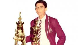 Gurusinha won the Observer Schoolboy Cricketer of the Year award in  1985